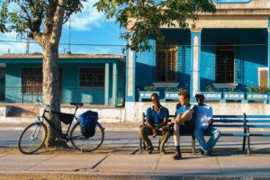 Foto: junge Kubaner